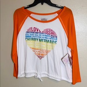 Junior's Chubby Mermaid Rainbow heart Crop top